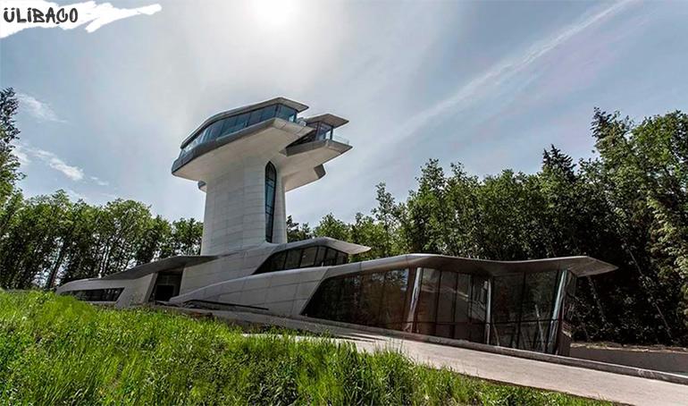 Заха ХадидCapital Hill Residence в поселке Барвиха, Россия