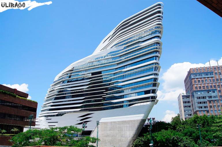 Заха Хадид Школа дизайна в городе Гонконг