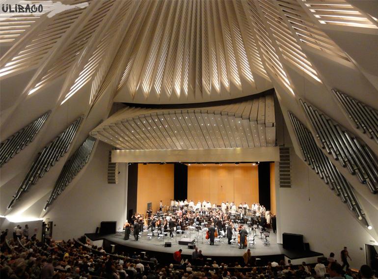Сантьяго Калатрава Концертный зал Аудиторио-де-Тенерифе. Санта-Крус-де-Тенерифе