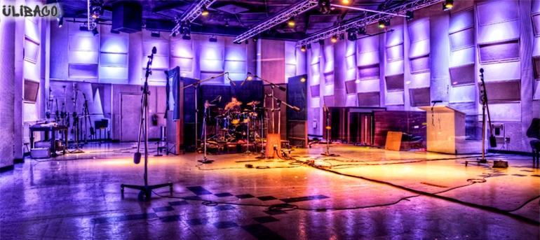 Филипп Старк East West Studios 2