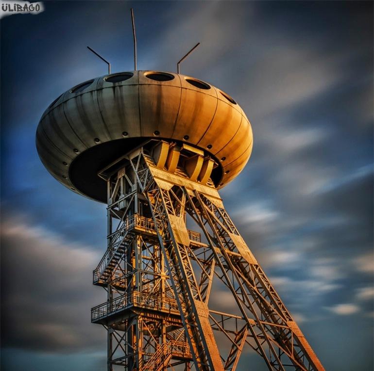 Луиджи Колани UFO-tower 4